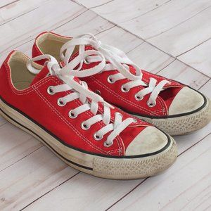 Converse Chuck Taylor Low Top Red Womens Size 6.5